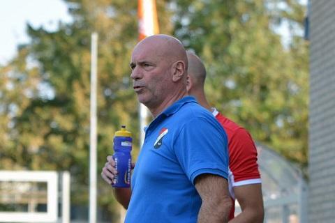 Trainer Cees Houtepen en assistent Yannik Taniwel ook volgend seizoen trainer bij RCS